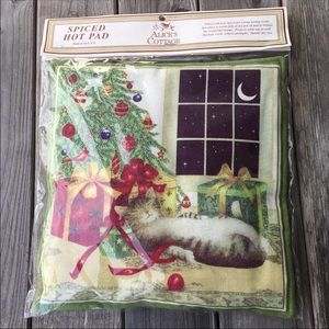 Alice's Cottage Spiced Hot Pad, New